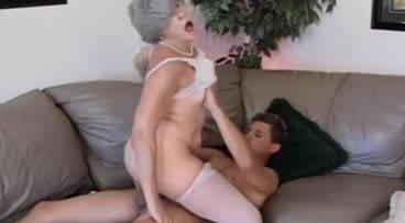 Madurita tiene contento a su nieto